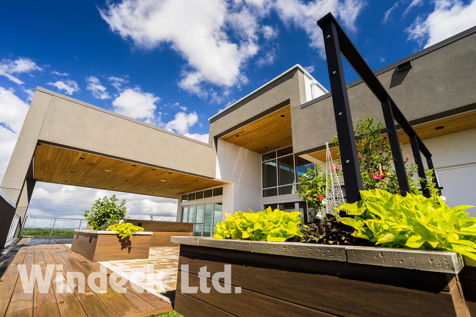 Cedar Soffits  - Windeck Ltd. - Deck Builder Winnipeg, Manitoba