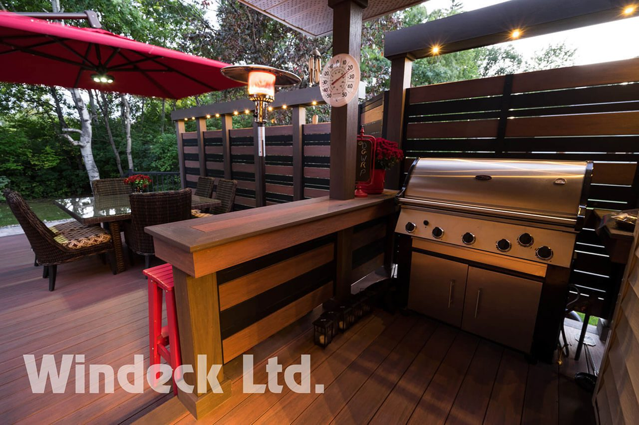 Tiki Bar - Windeck Ltd. - Deck Builder Winnipeg, Manitoba