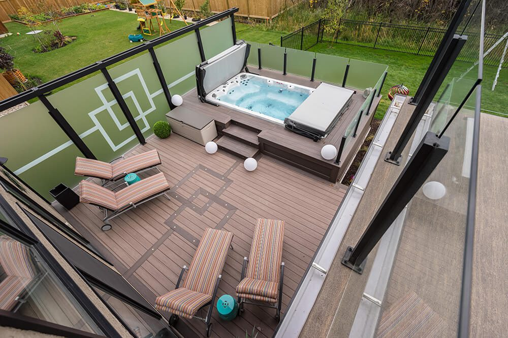 Maintenance free deck  - Windeck Ltd. - Composite Decking Winnipeg, Manitoba