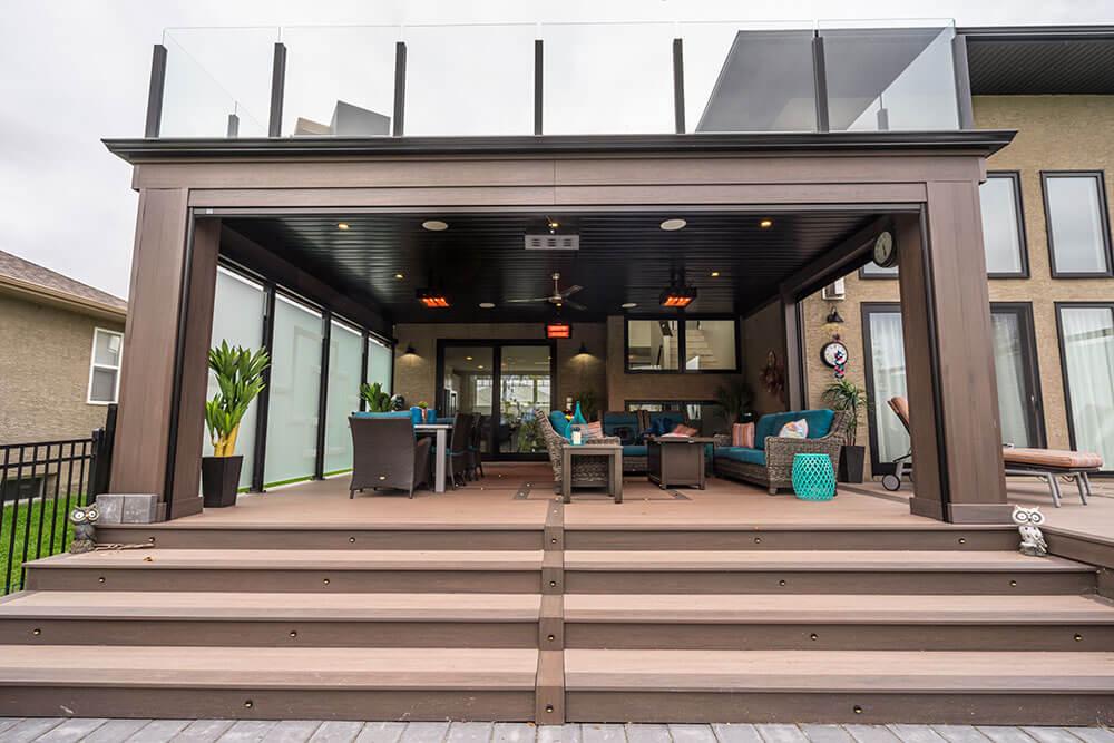 Urban Privacy Paradise - Windeck Ltd. - Deck Builder Winnipeg, Manitoba