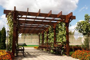 What is a pergola? And why do you want one? - Winnipeg Pergolas - Composite Decking Winnipeg - Deck Builder Winnipeg - Windeck Ltd. - Winnipeg, Manitoba
